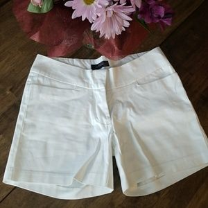 Whitw tailored shorts